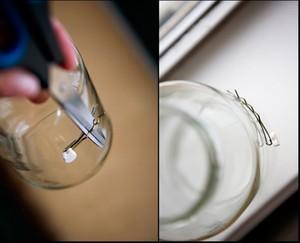 2 cách làm bình hoa đẹp xinh từ lọ thủy tinh cũ 3