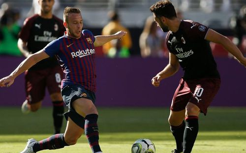 Barca để thua Milan vào đúng phút bù giờ cuối cùng
