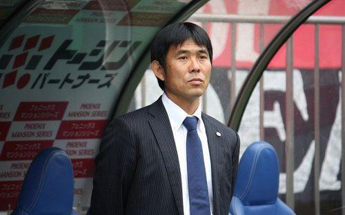 HLV Nhật Bản nói gì về nghi vấn không muốn thắng Olympic Việt Nam?