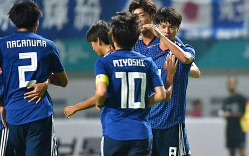 Bóng liên tiếp trúng cột và xà, Olympic Malaysia thua cay đắng Nhật Bản