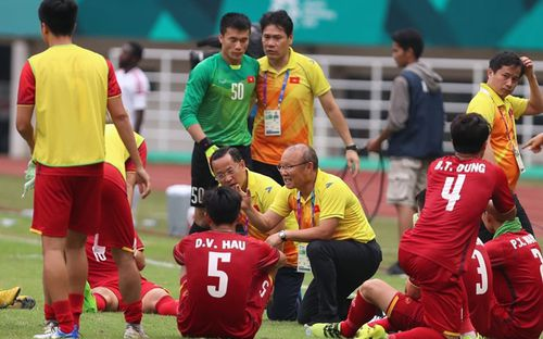 HLV Park Hang-seo không ngại áp lực tại AFF Cup 2018
