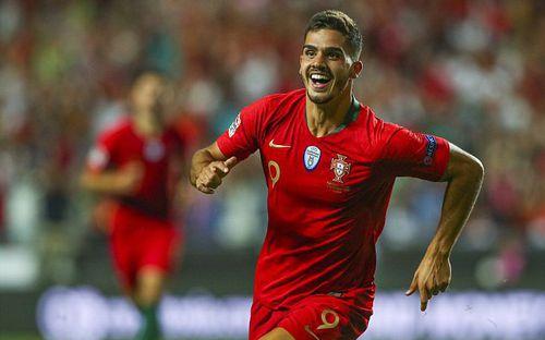 """""""Truyền nhân của Ronaldo"""" nổ súng, Bồ Đào Nha bắn hạ Italia"""