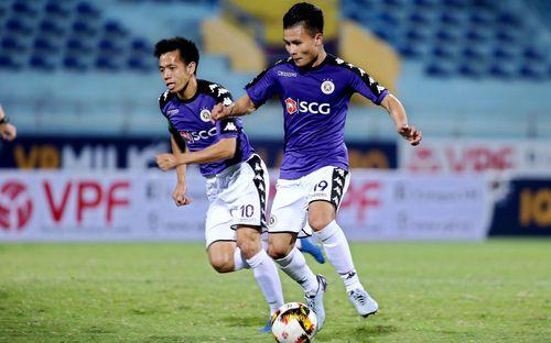 CLB Nhật Bản là đội bóng chính thức đầu tiên đặt vấn đề chiêu mộ Quang Hải