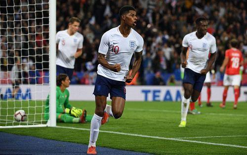 Sao trẻ Man Utd tỏa sáng giúp Anh hạ Thụy Sĩ