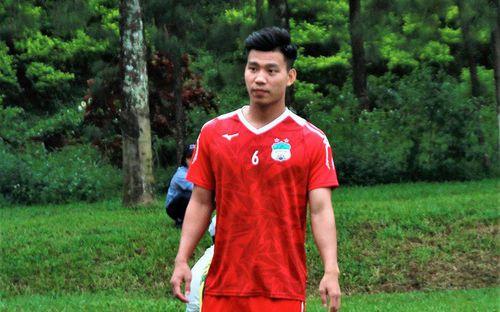 Văn Thanh đau nhẹ, Văn Toàn miệt mài tập sút penalty trước trận gặp Hà Nội