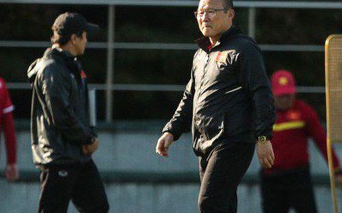 HLV Park Hang-seo lý giải thấu tình, đạt lý về việc xin xóa thẻ cho thủ môn đối phương