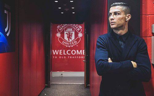 Ronaldo diện đồ lịch lãm chuẩn