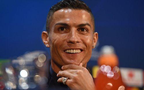Ronaldo nói gì trong lần đầu công khai chia sẻ về cáo buộc hiếp dâm trước cánh báo chí?