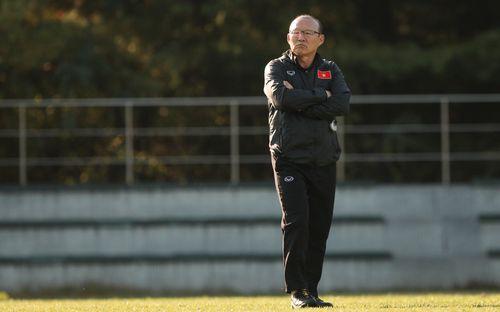 HLV Park Hang-seo khẳng định đã tìm ra người thay thế Văn Thanh, tiết lộ lý do Công Phượng tập riêng nhưng vẫn được vào sân đá với FC Seoul