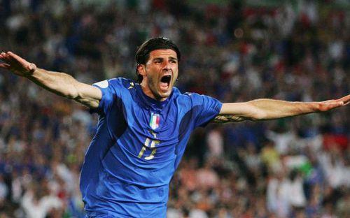 Nhà vô địch World Cup 2006 bị kết án 2 năm tù giam
