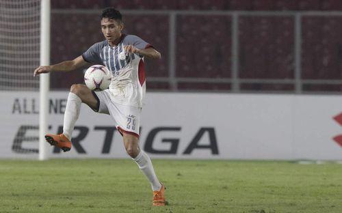 Tiền đạo tuyển Philippines lên tiếng thách thức Duy Mạnh, Văn Lâm và đồng đội