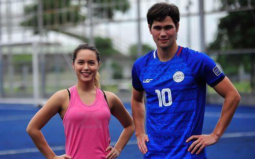 Trai đẹp tuyển Philippines viết tâm thư cầu xin cổ động viên đến sân gây sức ép cho Việt Nam