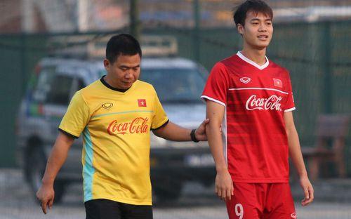 Văn Toàn đã đi khám lại, nhiều khả năng trở lại trước chung kết AFF Cup 2018