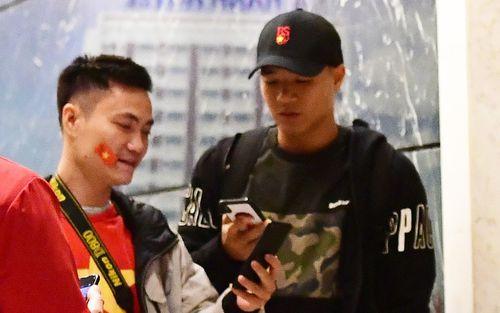 Đức Chinh, Tiến Linh rời đội tuyển Việt Nam ngay trong đêm