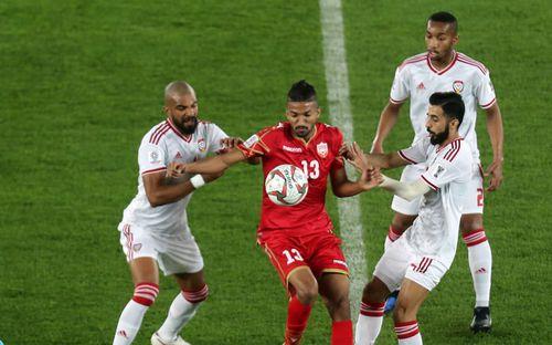 Chán nản về kết quả hòa ngày ra quân, cầu thủ của nước chủ nhà Asian Cup 2019 quay sang chỉ trích các đồng đội