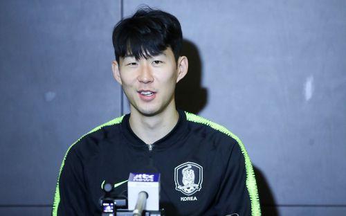 Buổi phỏng vấn đầu tiên của Son Heung-min ở Asian Cup 2019: