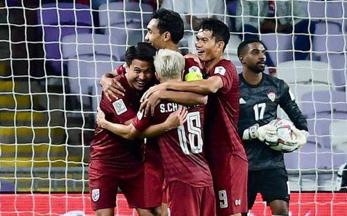 Mưa tiền thưởng trút xuống ĐT Thái Lan sau chiến tích vào vòng 1/8 Asian Cup