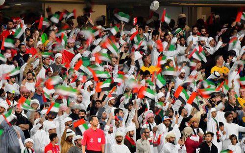 Vượt qua nhưng ngược đãi và đối xử bất công, đội tuyển Qatar khiến hàng vạn cổ động viên UAE câm lặng