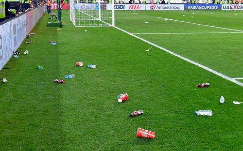 Liên đoàn bóng đá châu Á chính thức vào cuộc điều tra hành động xấu xí của fan UAE trong trận bán kết Asian Cup 2019