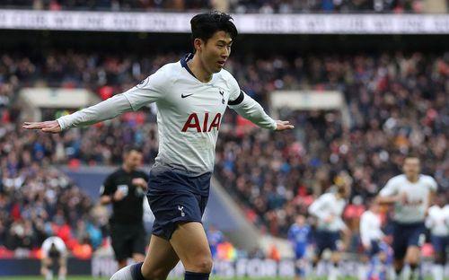 Son Heung-min tỏa sáng, Tottenham trừng phạt sai lầm thay người đá phạt đền của cựu vương NH Anh