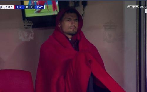 Không thi đấu, Á quân World Cup vẫn nhận cả rổ meme vì diện trang phục y hệt nhân vật trong truyện cổ tích