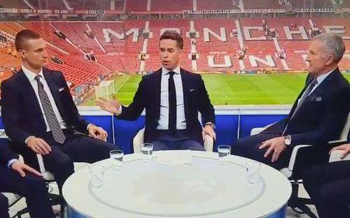 Khen Liverpool chi phối MU, chuyên gia bóng đá chịu