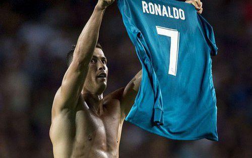 Thất bại tan nát ở Siêu kinh điển, Real lại nhớ về Ronaldo