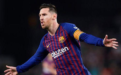 Lấy Messi để