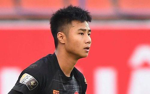 Sở hữu vẻ ngoài điển trai, thủ U23 của Hải Phòng chứng minh tiềm năng không thua kém gì anh Văn Lâm