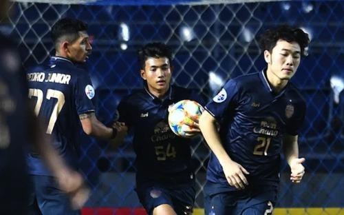 Xuân Trường giúp cầu thủ 16 tuổi phá kỷ lục đã tồn tại 10 năm ở Cúp châu Á
