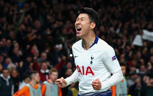 Truyền thông Hàn Quốc phát cuồng vì bàn thắng