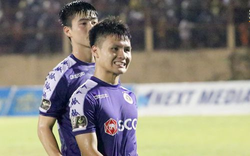 Quang Hải tiếc nuối trong ngày sinh nhật tuổi 22 khi Hà Nội FC bị cầm chân ở V.League