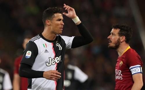 Ronaldo chỉ thẳng mặt đối thủ: