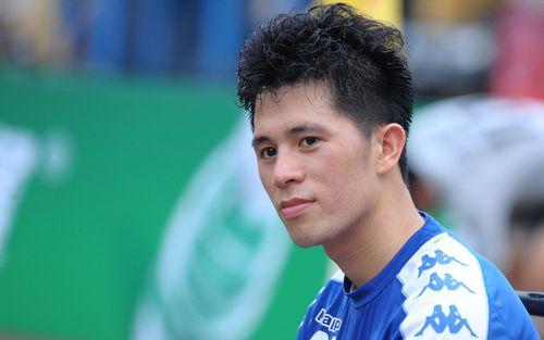 Quên đi chiếc thẻ đỏ cay đắng, Đình Trọng tập luyện hăng say chuẩn bị đối đầu Tampines Rovers ở AFC Cup