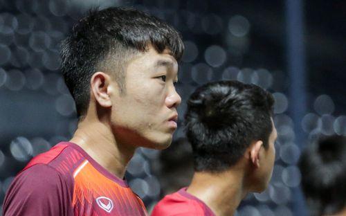 Xuân Trường cắt tóc mới trước thềm trận đấu quan trọng nhất ở King's Cup 2019