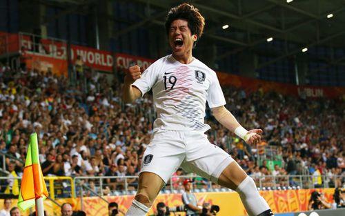 Đội bóng quê hương HLV Park Hang-seo lập kỳ tích, lần đầu dự trận chung kết World Cup