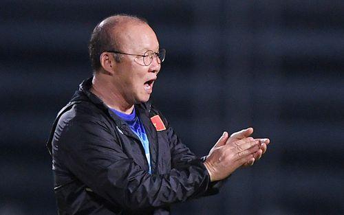 HLV Park Hang-seo tạm hoãn việc gia hạn hợp đồng với Liên đoàn bóng đá Việt Nam