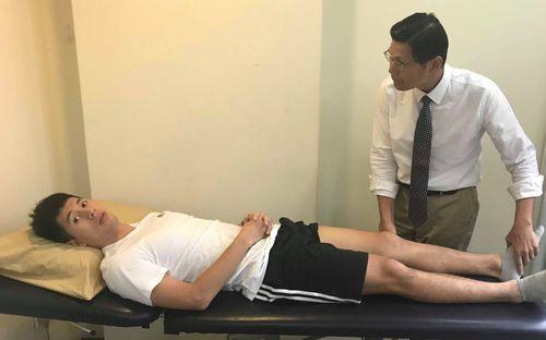 Bác sĩ Singapore khuyên Đình Trọng nghỉ 9 tháng, hết hy vọng tham dự SEA Games 2019