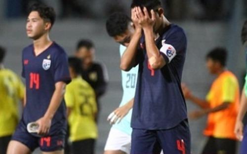 Ngày kinh hoàng của bóng đá Thái Lan: Trái tim người hâm mộ tan vỡ vì tuyển U15, xấu hổ với trận thua sốc của tuyển U18 tại giải Đông Nam Á