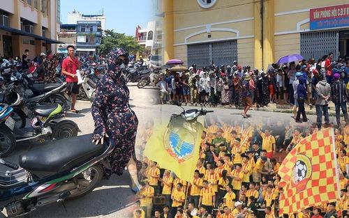 CĐV Nam Định đội nắng xếp hàng mua vé trận đấu với Quảng Nam:  Bà bầu cũng máu lửa, có người bị vợ mắng cũng bất chấp