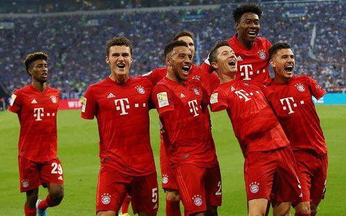 Màn cà khịa cực gắt: 7 cầu thủ của đội bóng mạnh nhất nước Đức bị đối phương dùng photoshop biến thành người cụt cả 2 tay