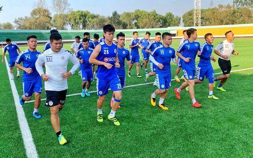 Cầu thủ Hà Nội FC thích thú khi được đến