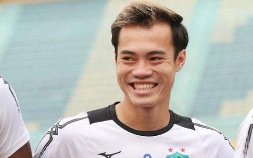 """Văn Toàn là """"đại gia"""", nhận nhiều tiền top đầu nhờ giải Cầu thủ xuất sắc nhất trận tại V.League 2019"""