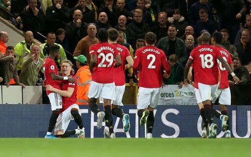 Đá hỏng phạt đền hai lần, Man Utd vẫn giành chiến thắng trước đội đứng áp chót Ngoại hạng Anh