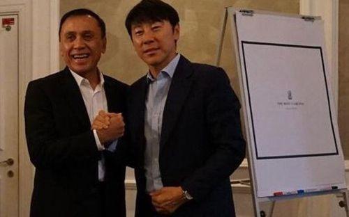 Học theo Việt Nam, Indonesia bổ nhiệm HLV Hàn Quốc đáng gờm: Là bạn của ông Park Hang-seo, từng dẫn dắt Son Heung-min và đồng đội làm nên kỳ tích chấn động thế giới ở World Cup 2018