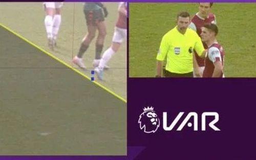 VAR ở Ngoại hạng Anh ngày càng quá đáng: Nhà nhà oán thán, cả trận đấu bỗng chốc thu bé lại vừa bằng 1 centimet