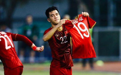 Không phải Quang Hải, báo Úc khuyên các đội bóng ở
