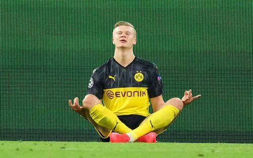 Tiền đạo trẻ có phong độ cao nhất châu Âu lại lập kỷ lục vô tiền khoáng hậu trong lịch sử giải đấu danh giá nhất thế giới cấp CLB