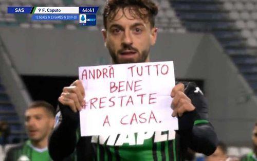 Cầu thủ Ý mượn bàn thắng để gửi thông điệp ấm áp đến fan mùa dịch COVID-19: Mọi thứ sẽ ổn thôi, hãy cứ ở nhà cho an toàn nhé!