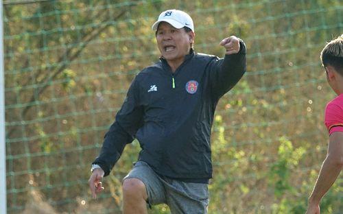 Chủ tịch kiêm HLV trưởng Sài Gòn FC: